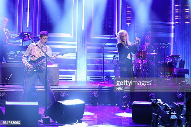 Musical guests Jamie Hince Alison Mosshart of The Kills performs on May 16 2016