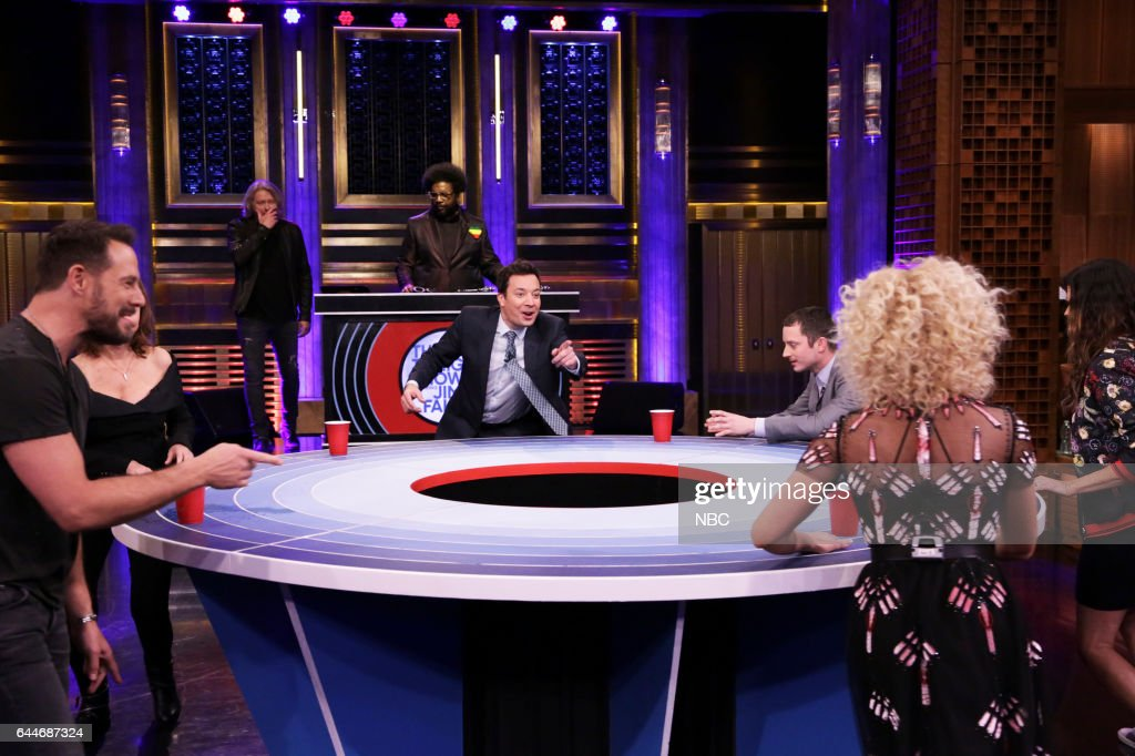 Jimi Westbrook, actress Susan Sarandon, Philip Sweet, Ahmir 'Questlove' Thompson, host Jimmy Fallon, actor Elijah Wood, Kimberly Schlapman, and Karen Fairchild of musical guest Little Big Town during 'Musical Beers' on February 23, 2017 --