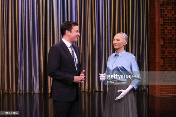 Host Jimmy Fallon with 'Sophia' by David Hanson during 'Tonight Showbotics' on April 25 2017