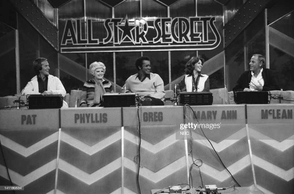 SECRETS -- Episode 1 -- Air Date -- Pictured: All Star Panel (l-r) Singer Pat Boone, comedian Phyllis Diller, Actor Greg Morris, Former Miss America/TV Personality Mary Ann Mobley, Actor McLean Stevenson -- Photo by: Gary Null/NBCU Photo Bank