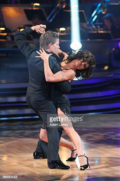 STARS 'Episode 1006 This week on 'Dancing with the Stars' the competition heated up as the remaining couples took on a new challenge with the Samba...