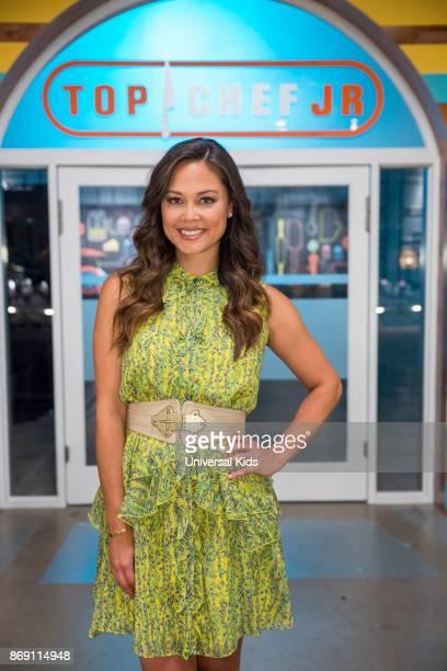 Host Vanessa Lachey
