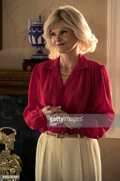 Lolita Davidovich as Kitty Menendez
