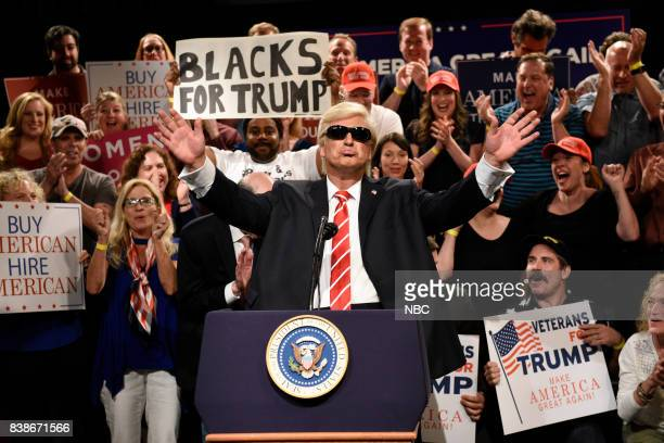 Kenan Thompson Alec Baldwin as President Donald Trump during a 'Trump Phoenix Rally' on August 24 2017