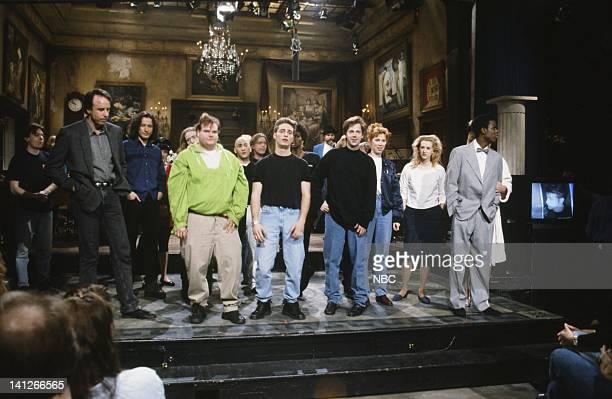 Kevin Nealon Chris Farley Jason Priestley Dana Carvey Chris Rock onstage February 15 1992 Photo by Al Levine/NBCU Photo Bank