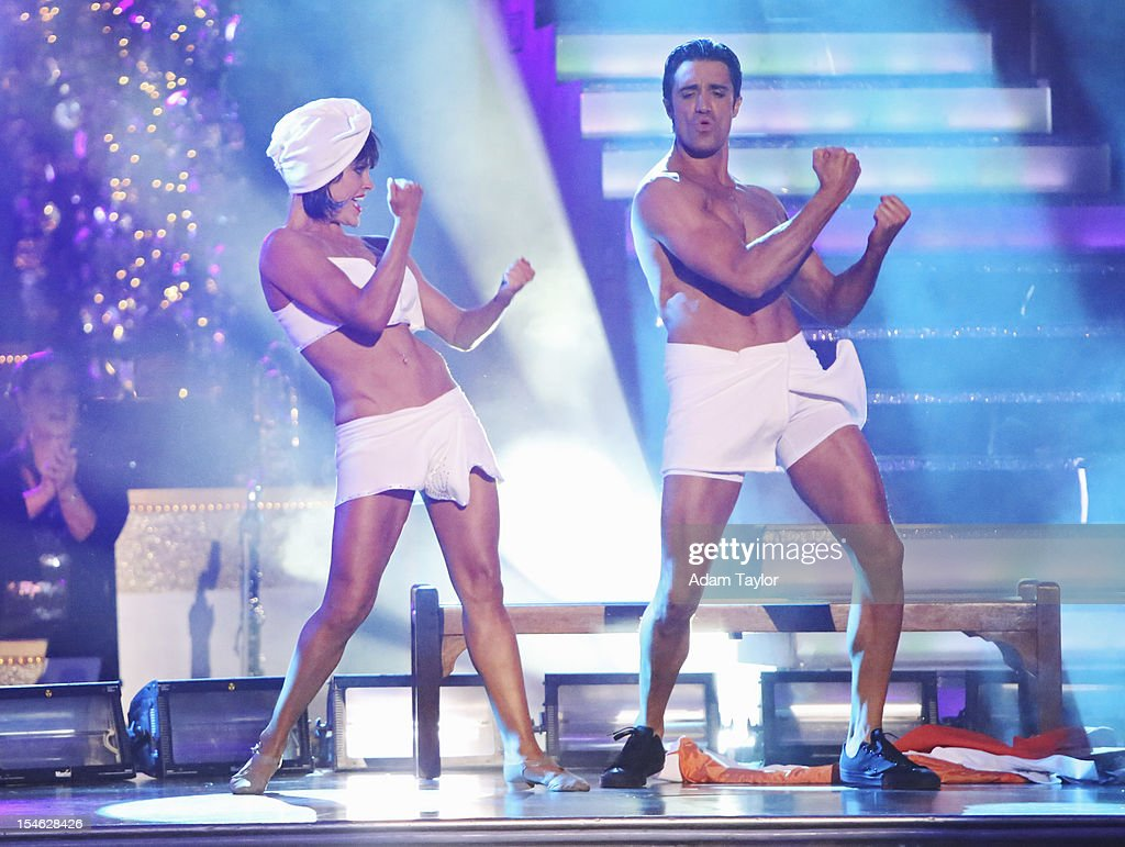 STARS 'Episode 15052' On night two TUESDAY OCTOBER 23 the four couples who performed their Team Dance on Monday night danced their individual dances...