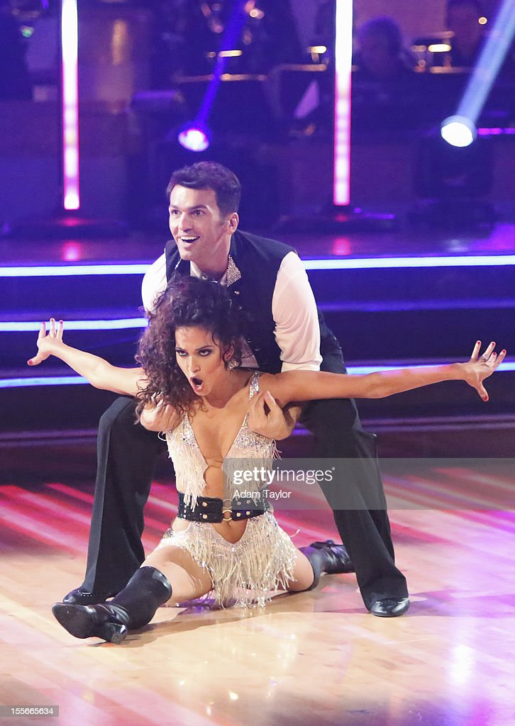 ALL-STARS - 'Episode 1507' - During this week's two-hour performance show on MONDAY, NOVEMBER 5 (8:00-10:01 p.m., ET), the seven remaining couples performed a fusion dance that was chosen by their competitors on last week's show. DOVOLANI