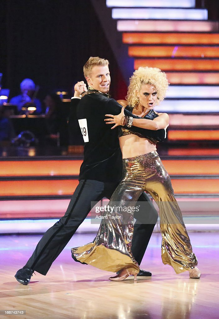 STARS - 'Episode 1605' - Nine remaining couples hit the dance floor and faced an exciting new challenge MONDAY, APRIL 15 (8:00-10:01 p.m., ET). In another first for 'Dancing with the Stars,' a new twist called 'Len's Side By Side Challenge' tasked each couple to perform a portion of their individual dance alongside a pro dance couple. SEAN