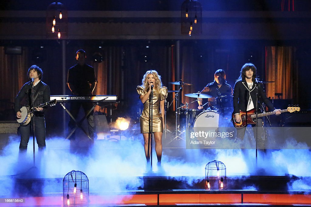 SHOW - 'Episode 1605A' - Country Rock group The Band Perry performed their hit No. 1 song, 'Better Dig Two,' TUESDAY, APRIL 16 (9:00-10:01 p.m., ET), on 'Dancing with the Stars the Results Show' on ABC. THE