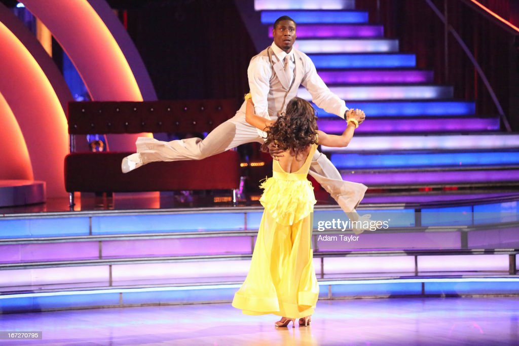 STARS - 'Episode 1606' - 'Episode 1606' - Eight remaining couples hit the dance floor and paid tribute to singer, songwriter and legend Stevie Wonder, on 'Dancing with the Stars,' MONDAY, APRIL 22 (8:00-10:01 p.m., ET), on ABC. SMIRNOFF