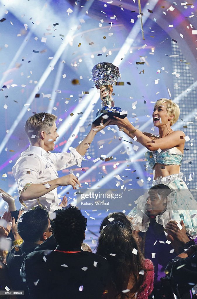 SHOW - 'Episode 1610A' -- After 10 weeks of entertaining, stylized dancing, Kellie Pickler and Derek Hough were crowned 'Dancing with the Stars' Champions. on the two-hour Season Finale of 'Dancing with the Stars the Results Show,' TUESDAY, MAY 21 (9:00-11:00 p.m., ET), on ABC. PICKLER