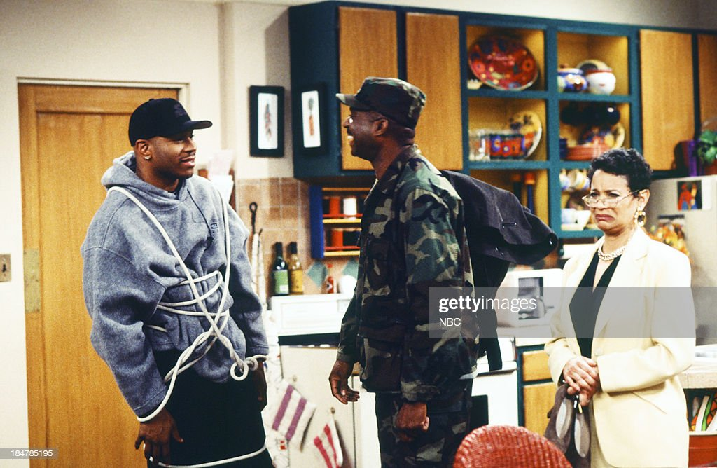 HOUSE -- Episode 17 -- 'A Major Problem' -- Pictured: (l-r) L.L. Cool J as Marion Hill, Charles Robinson as Major, <a gi-track='captionPersonalityLinkClicked' href=/galleries/search?phrase=Debbie+Allen&family=editorial&specificpeople=210660 ng-click='$event.stopPropagation()'>Debbie Allen</a> as Jackie Warren --