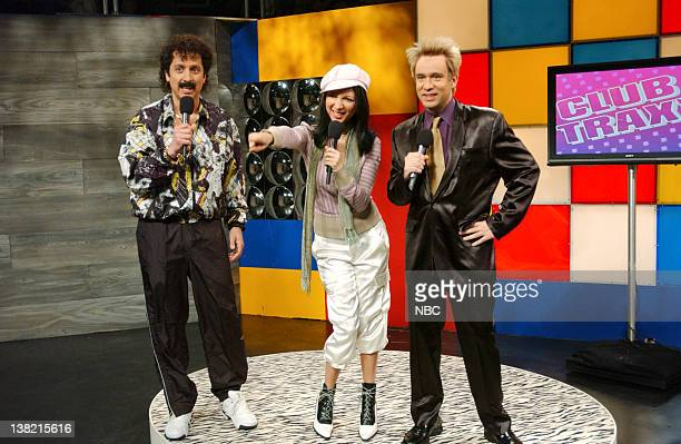 LIVE Episode 17 Aired Pictured Ray Romano as Youseffi Maya Rudolph as Beertje Ven Beers Fred Armisen as Leonard during 'Club Traxx' skit