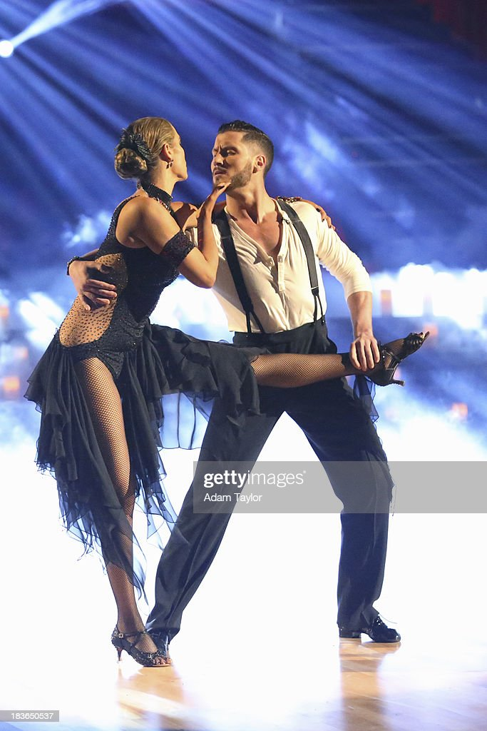 STARS - 'Episode 1704' - 10 remaining couples took to the ballroom floor on 'Dancing with the Stars,' MONDAY, OCTOBER 7 ELIZABETH