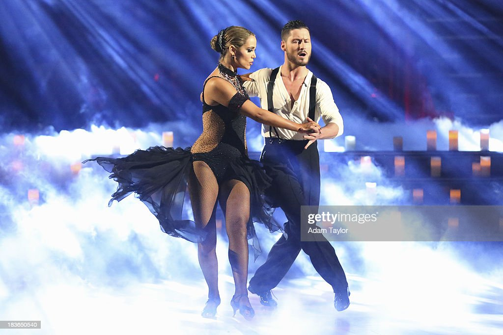 STARS - 'Episode 1704' - 10 remaining couples took to the ballroom floor on 'Dancing with the Stars,' MONDAY, OCTOBER 7 (8:00-10:01 p.m., ET) (Photo by Adam Taylor/ABC via Getty Images)ELIZABETH