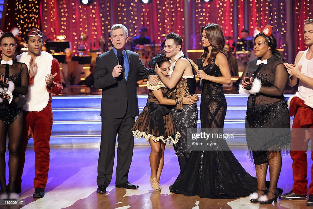 STARS - 'Episode 1707' - At the end of the night, Nicole 'Snooki' Polizzi and Sasha Farber were eliminated, on 'Dancing with the Stars,' MONDAY, OCTOBER 28 (8:00-10:01 p.m., ET), on ABC. KARINA SMIRNOFF, CORBIN BLEU, TOM BERGERON, NICOLE 'SNOOKI' POLIZZI, SASHA