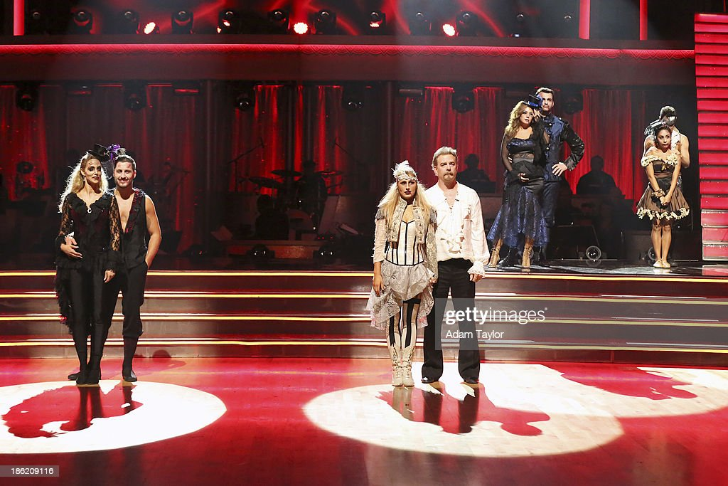 STARS - 'Episode 1707' - At the end of the night, one couple faced elimination, on 'Dancing with the Stars,' MONDAY, OCTOBER 28 (8:00-10:01 p.m., ET), on ABC. ELIZABETH BERKLEY LAUREN, VAL CHMERKOVSKIY, EMMA SLATER, BILL ENGVALL, LEAH REMINI, TONY DOVOLANI, NICOLE 'SNOOKI' POLIZZI, SASHA