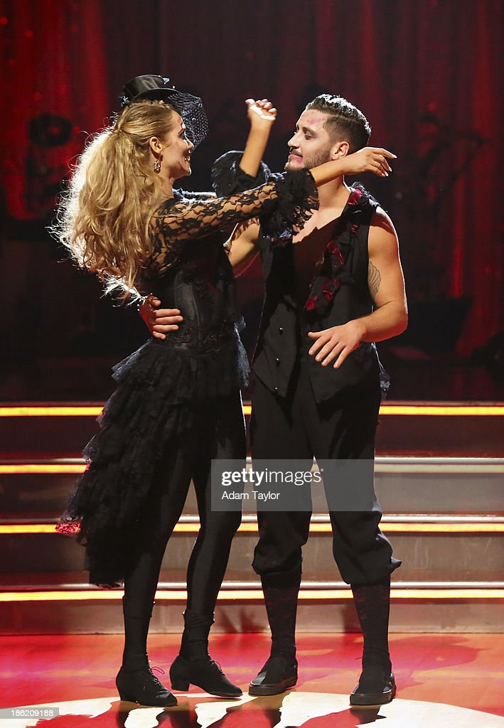 STARS - 'Episode 1707' - At the end of the night, one couple faced elimination, on 'Dancing with the Stars,' MONDAY, OCTOBER 28 (8:00-10:01 p.m., ET), on ABC. ELIZABETH