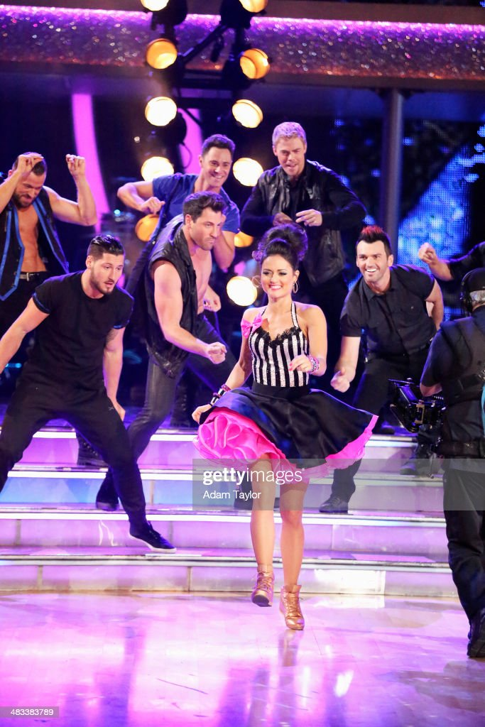 STARS - 'Episode 1804' - The show began with an opening number featuring the entire cast followed by each celebrity tackling a new style of dance with their new partner, on 'Dancing with the Stars,' MONDAY, APRIL 7 (8:00-10:01 p.m., ET) on the ABC Television Network. VALENTIN