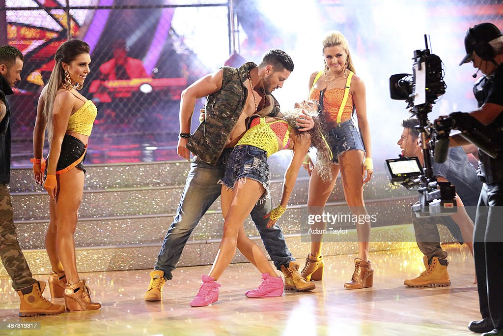 STARS - 'Episode 1807' - Grammy(r) winner Ricky Martin joined 'Dancing with the Stars' for 'Latin Night' MONDAY, APRIL 28 (8:00-10:01 p.m., ET) on the ABC Television Network. He joined Len Goodman, Bruno Tonioli and Carrie Ann Inaba as a guest judge for the evening. Each couple performed an individual dance to a song with a Latin theme. ARNOLD