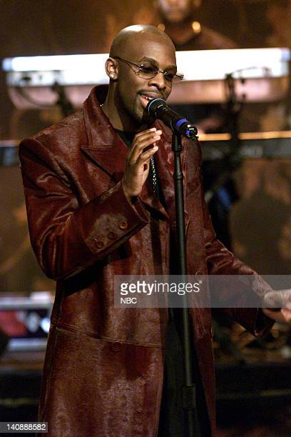 Musical guest Joe performs on April 17 2000