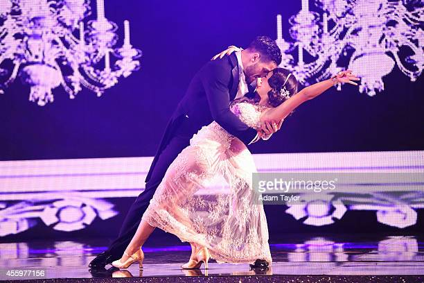 STARS 'Episode 1902' It was #myjammonday this week on 'Dancing with the Stars' The 12 remaining celebrities danced to their favorite songs on MONDAY...