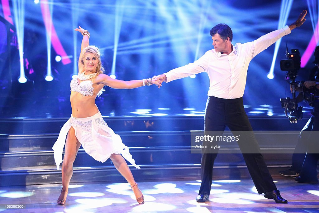"ABC's ""Dancing With the Stars"" - Season 19 - Week Eight"