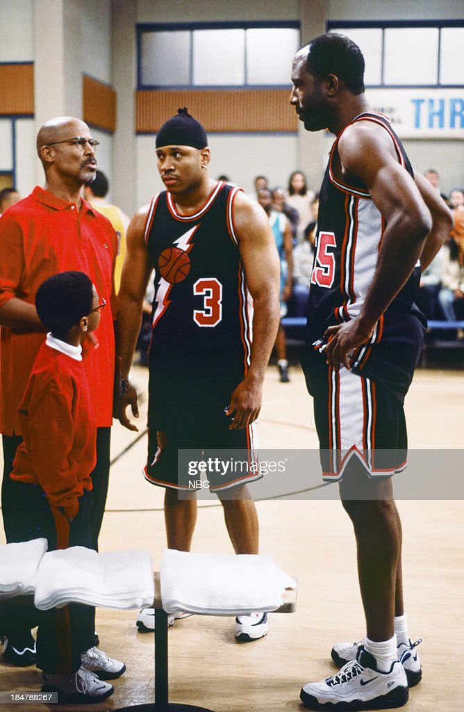 HOUSE -- Episode 20 -- 'Hoop Screams' -- Pictured: (l-r) Michael Warren as Milton Warren, Jeffery Wood as Austin Warren, L.L. Cool J as Marion HIll, <a gi-track='captionPersonalityLinkClicked' href=/galleries/search?phrase=James+Worthy&family=editorial&specificpeople=212863 ng-click='$event.stopPropagation()'>James Worthy</a> as Larry --