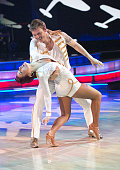 STARS Episode 2102 The couples geared up for one of the toughest weeks of the competition this season with two live shows and a double elimination In...