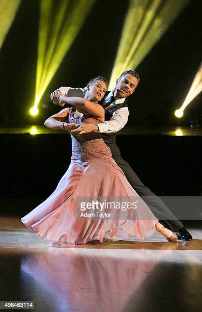 STARS 'Episode 2109' This week the six remaining 'Dancing with the Stars' couples performed two showstopping dances on MONDAY NOVEMBER 9 For the...