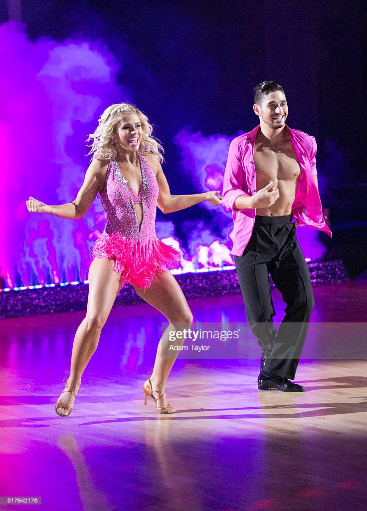 """ABC's """"Dancing With the Stars"""": Season 22 - Week Two"""