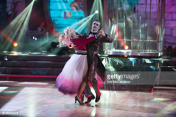 STARS Episode 2308 Dancing with the Stars treats viewers to a frightfully delightful night filled with chilling performances on MONDAY OCTOBER 31...