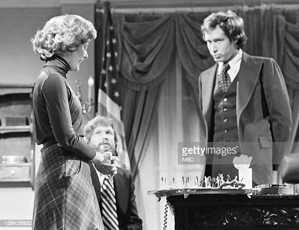 LIVE Episode 24 Aired Pictured Jane Curtain as Bety Ford Kris Kristofferson as Frank Wade Chevy Chase as President Gerald Ford during the...