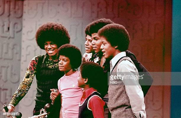 Jackie Jackson Michael Jackson Jermaine Jackson Tito Jackson Randy Jackson Marlon Jackson of musical guest The Jackson 5