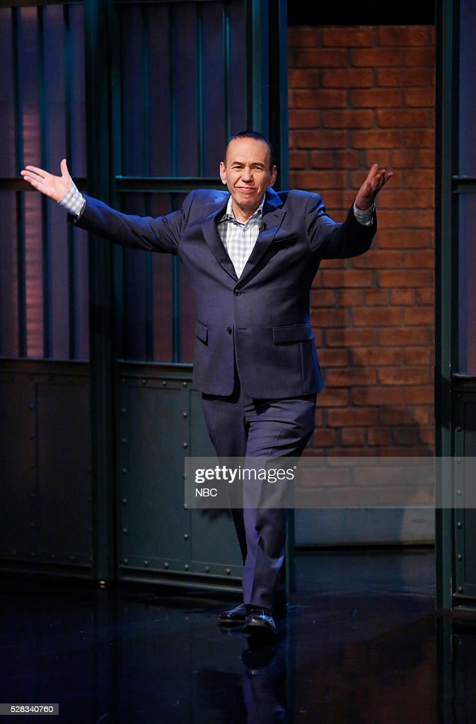 Comedian <a gi-track='captionPersonalityLinkClicked' href=/galleries/search?phrase=Gilbert+Gottfried&family=editorial&specificpeople=214732 ng-click='$event.stopPropagation()'>Gilbert Gottfried</a> arrives on May 4, 2016 --
