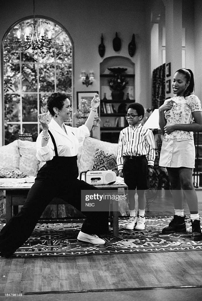 HOUSE -- Episode 4 -- 'Once Again, With Feeling' -- Pictured: (l-r) <a gi-track='captionPersonalityLinkClicked' href=/galleries/search?phrase=Debbie+Allen&family=editorial&specificpeople=210660 ng-click='$event.stopPropagation()'>Debbie Allen</a> as Jackie Warren, Jeffery Wood as Austin Warren, <a gi-track='captionPersonalityLinkClicked' href=/galleries/search?phrase=Maia+Campbell&family=editorial&specificpeople=628953 ng-click='$event.stopPropagation()'>Maia Campbell</a> as Tiffany Warren --