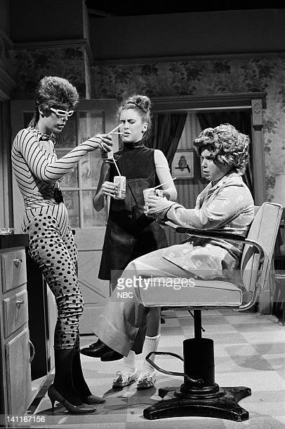 Jamie Lee Curtis as Sushi Raw Gail Matthius as Roweena Denny Dillon as Nadine during the 'Cut 'n' Curl' skit on December 13 1980 Photo by NBC/NBCU...