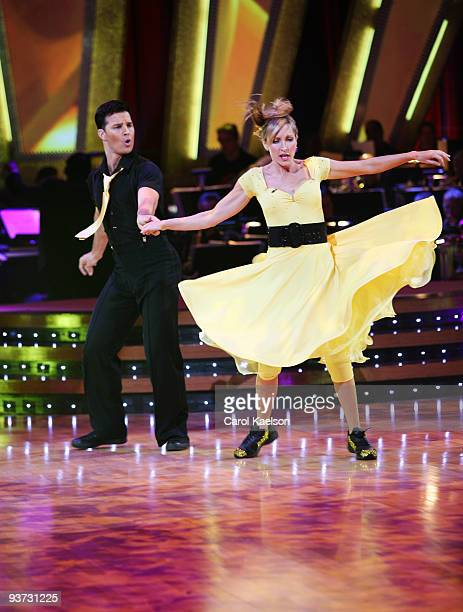 STARS 'Episode 403' On week three of 'Dancing with the Stars' ten dance couples remained vying for the chance to be crowned champion Five teams...