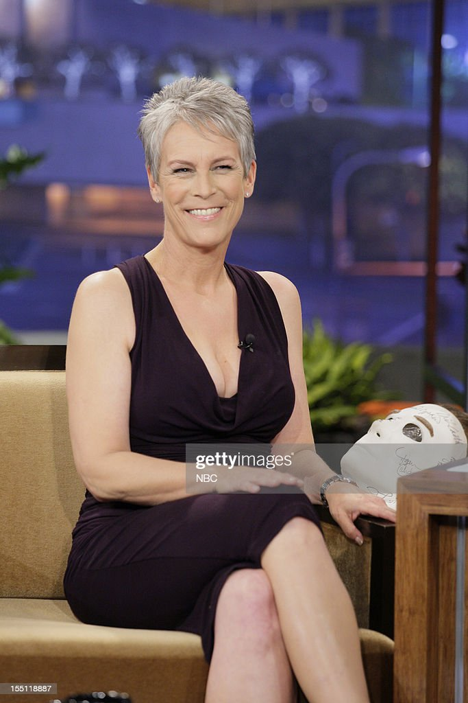 Actress <a gi-track='captionPersonalityLinkClicked' href=/galleries/search?phrase=Jamie+Lee+Curtis&family=editorial&specificpeople=202231 ng-click='$event.stopPropagation()'>Jamie Lee Curtis</a> during an interview on November 1, 2012 --