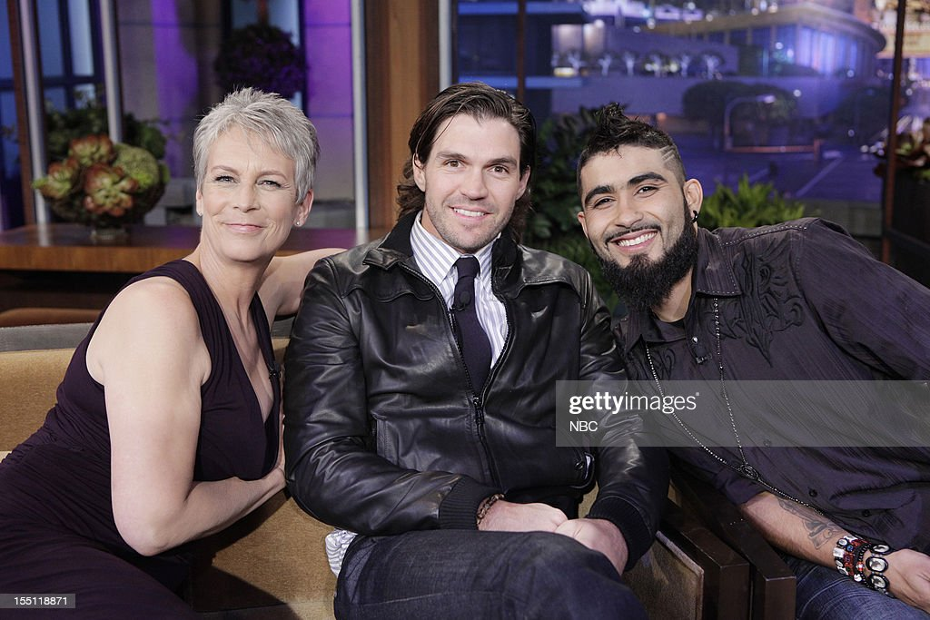 LENO -- (EXCLUSIVE COVERAGE) Episode 4344 -- Pictured: (l-r) Actress <a gi-track='captionPersonalityLinkClicked' href=/galleries/search?phrase=Jamie+Lee+Curtis&family=editorial&specificpeople=202231 ng-click='$event.stopPropagation()'>Jamie Lee Curtis</a>, World Series winners <a gi-track='captionPersonalityLinkClicked' href=/galleries/search?phrase=Barry+Zito&family=editorial&specificpeople=202943 ng-click='$event.stopPropagation()'>Barry Zito</a> and <a gi-track='captionPersonalityLinkClicked' href=/galleries/search?phrase=Sergio+Romo&family=editorial&specificpeople=5433590 ng-click='$event.stopPropagation()'>Sergio Romo</a> during a commercial break on November 1, 2012 --