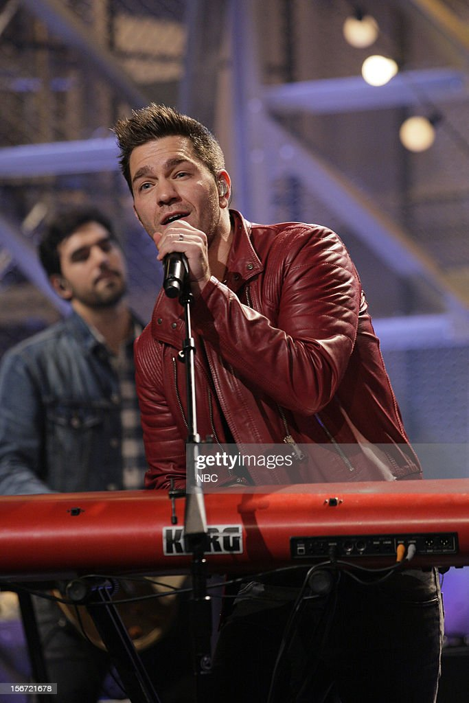 Musical guest <a gi-track='captionPersonalityLinkClicked' href=/galleries/search?phrase=Andy+Grammer&family=editorial&specificpeople=7469992 ng-click='$event.stopPropagation()'>Andy Grammer</a> performs on November 19, 2012 --