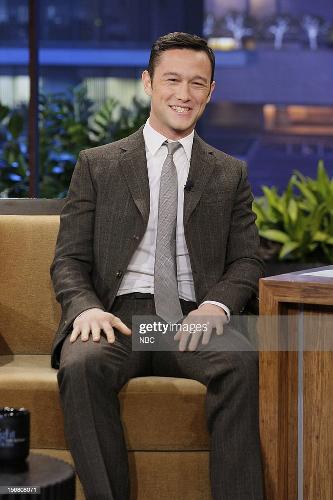 Actor <a gi-track='captionPersonalityLinkClicked' href=/galleries/search?phrase=Joseph+Gordon-Levitt&family=editorial&specificpeople=213632 ng-click='$event.stopPropagation()'>Joseph Gordon-Levitt</a> during an interview on November 20, 2012 --