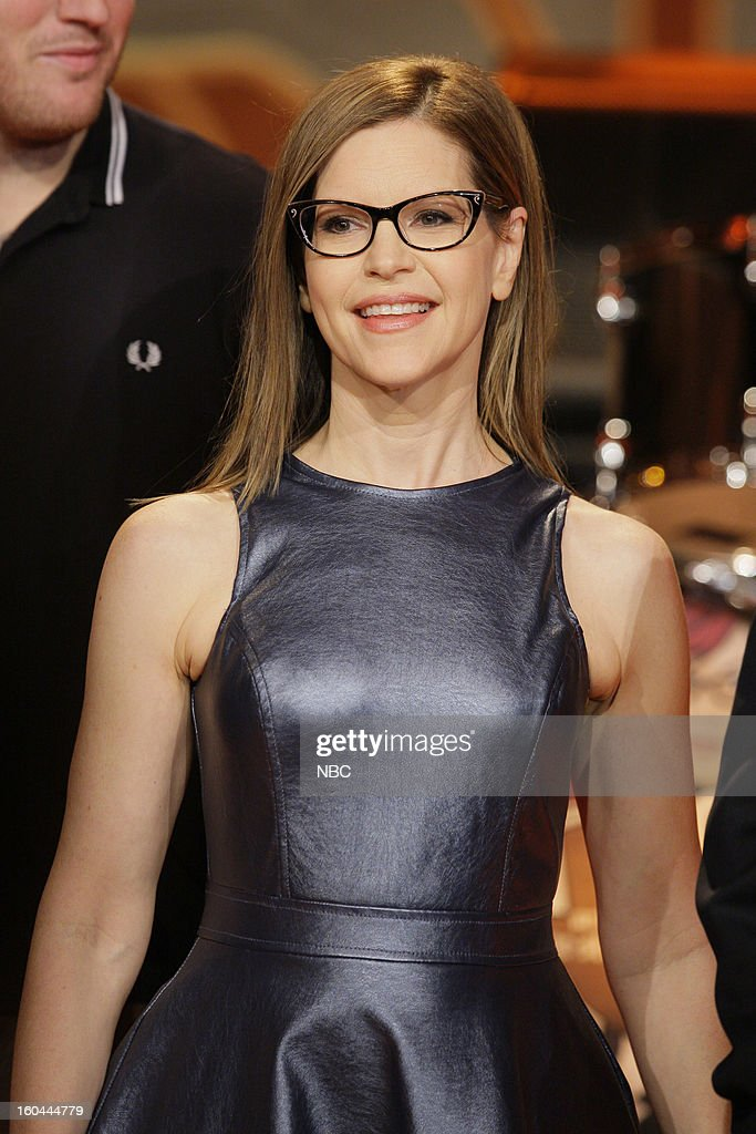 Musical guest <a gi-track='captionPersonalityLinkClicked' href=/galleries/search?phrase=Lisa+Loeb&family=editorial&specificpeople=718615 ng-click='$event.stopPropagation()'>Lisa Loeb</a> onstage January 31, 2013 --