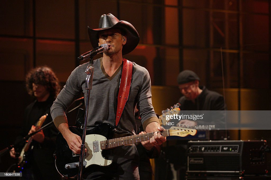 Musical guest <a gi-track='captionPersonalityLinkClicked' href=/galleries/search?phrase=Tim+McGraw&family=editorial&specificpeople=202845 ng-click='$event.stopPropagation()'>Tim McGraw</a> performs on February 6, 2013 --