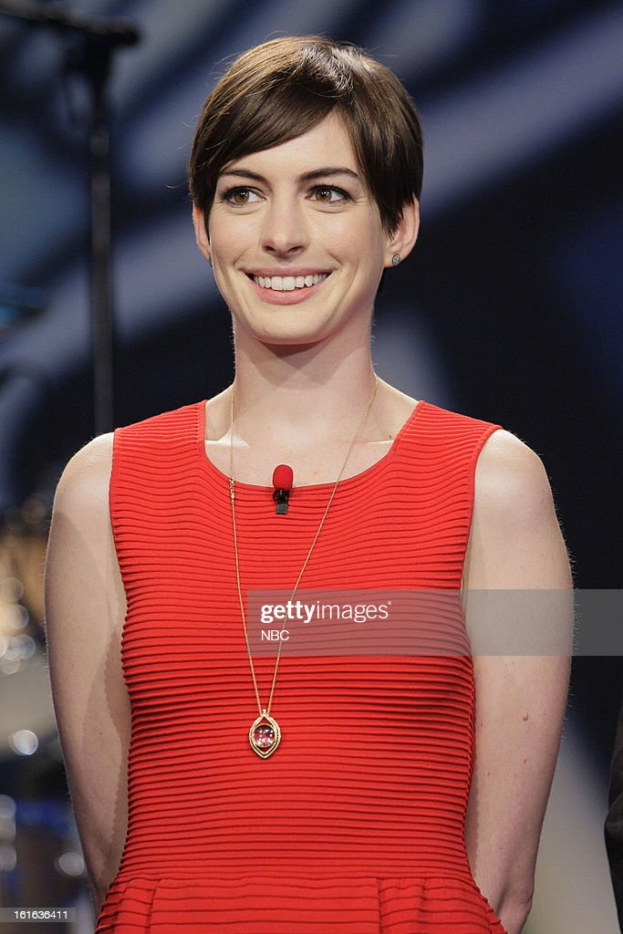 Actress <a gi-track='captionPersonalityLinkClicked' href=/galleries/search?phrase=Anne+Hathaway+-+Actress&family=editorial&specificpeople=11647173 ng-click='$event.stopPropagation()'>Anne Hathaway</a> on February 13, 2013 --