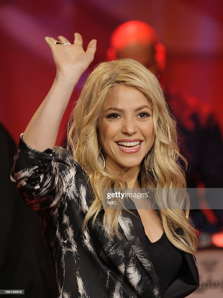Singer <a gi-track='captionPersonalityLinkClicked' href=/galleries/search?phrase=Shakira&family=editorial&specificpeople=160650 ng-click='$event.stopPropagation()'>Shakira</a> onstage May 9, 2013 --