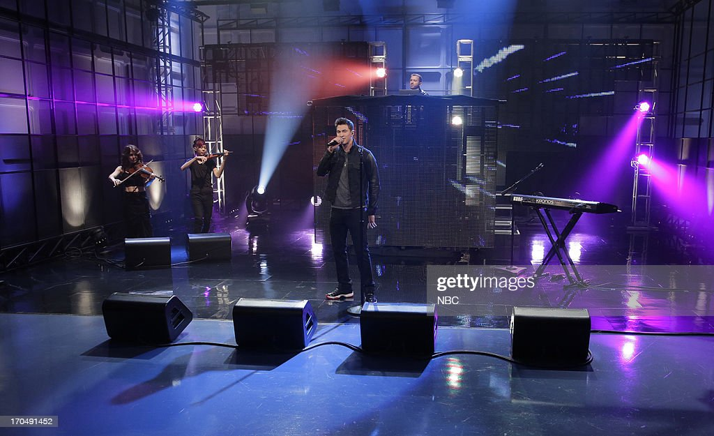 <a gi-track='captionPersonalityLinkClicked' href=/galleries/search?phrase=Cal+Shapiro&family=editorial&specificpeople=10284262 ng-click='$event.stopPropagation()'>Cal Shapiro</a>, Rob 'Rez' Resnick of musical guests Timeflies on June 13, 2013 --