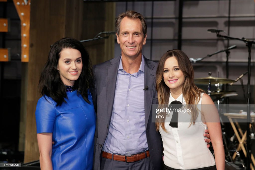 LENO -- (EXCLUSIVE COVERAGE) -- Episode 4504 -- Pictured: (l-r) Singer <a gi-track='captionPersonalityLinkClicked' href=/galleries/search?phrase=Katy+Perry&family=editorial&specificpeople=599558 ng-click='$event.stopPropagation()'>Katy Perry</a>, sportscaster <a gi-track='captionPersonalityLinkClicked' href=/galleries/search?phrase=Cris+Collinsworth&family=editorial&specificpeople=745575 ng-click='$event.stopPropagation()'>Cris Collinsworth</a> and musical guest <a gi-track='captionPersonalityLinkClicked' href=/galleries/search?phrase=Kacey+Musgraves&family=editorial&specificpeople=4103138 ng-click='$event.stopPropagation()'>Kacey Musgraves</a> on July 26, 2013 --