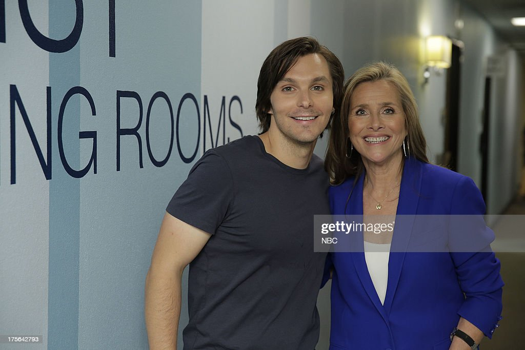 LENO -- (EXCLUSIVE COVERAGE) -- Episode 4509 -- Pictured: (l-r) Musical guest Charle Worsham and Meredith Vieira backstage on August 2, 2013 --