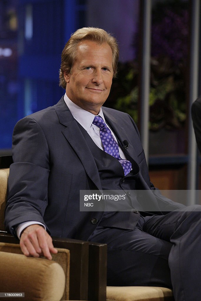 LENO -- (EXCLUSIVE COVERAGE) -- Episode 4515 -- Pictured: Actor Jeff Daniels during a commercial break on August 26, 2013 --